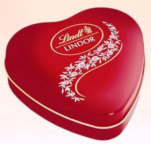Lindt Lindor tejcsokoládé fém szív desszert 50gr