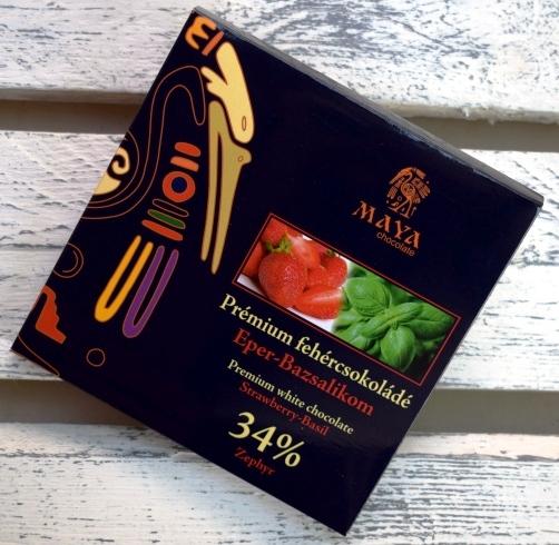 Maya Chocolate Prémium Ősi csokoládésorozat - 34% Zephyr fehércsokoládé eperrel és bazsalikommal 100gr
