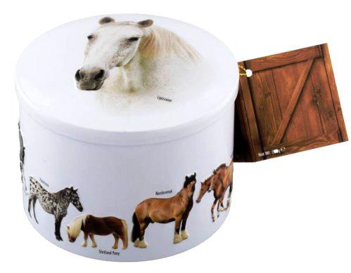 Gardiners skót vajkaramella fudge fémdobozban - Lovas dombornyomott vaníliás vajkaramella 200gr